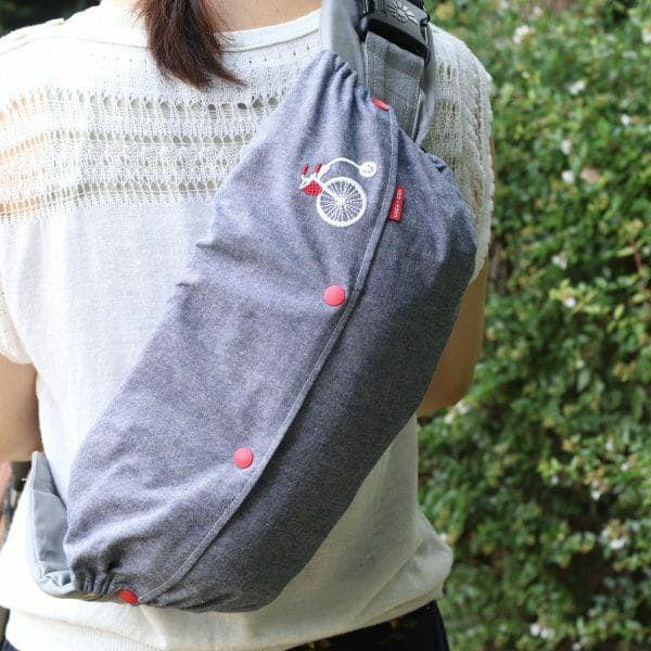 【L】【刺繍】自転車ホワイトレッドダンガリーブル/抱っこひも収納カバー「ルカコ」 88-0931-11