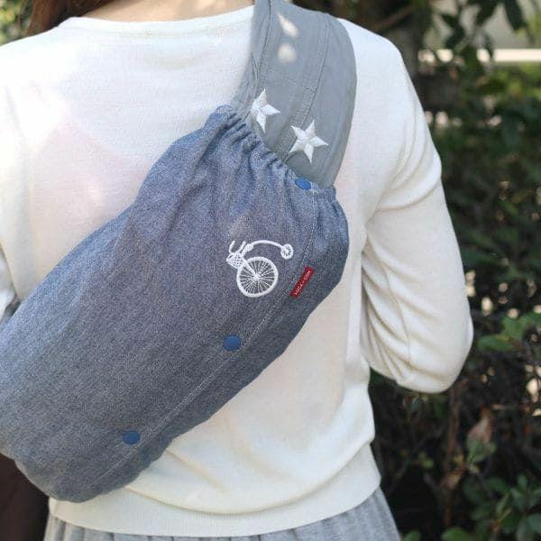 【M】【刺繍】自転車ホワイト×ダンガリーブルー/抱っこひも収納カバー「ルカコ」 0921-11