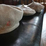 【ベレー帽】人気の親子お揃いとんがり帽子(ぼうし)コーデ(ベビー・キッズ・ママ)かわいいイニシャル刺繍セミオーダーおしゃれなライトグレー手洗い可1000-25-01